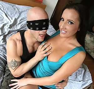 Free Blindfold Porn Pictures