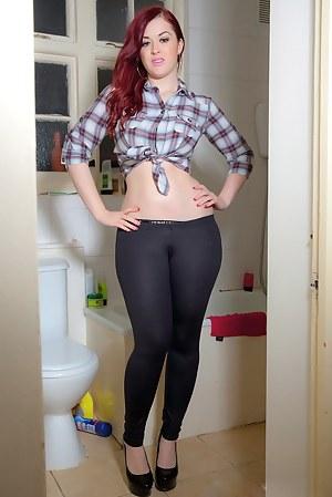 Free Toilet Porn Pictures