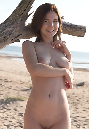 Free Beach Porn Pictures